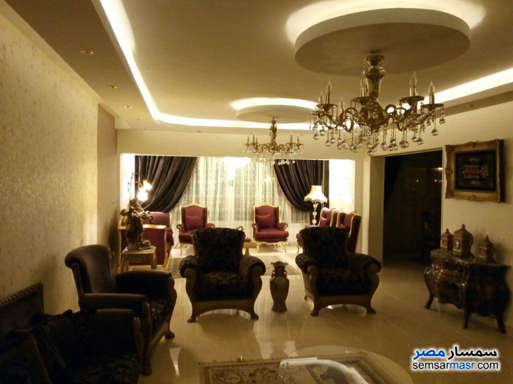 Photo 2 - Apartment 8 bedrooms 4 baths 300 sqm super lux For Sale Mohandessin Giza