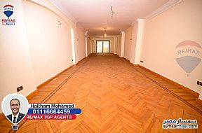 Ad Photo: Apartment 3 bedrooms 3 baths 250 sqm super lux in Roshdy  Alexandira