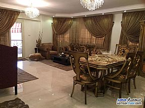 Ad Photo: Apartment 3 bedrooms 3 baths 235 sqm extra super lux in Maadi  Cairo