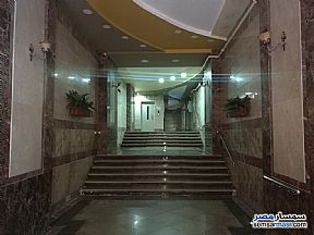 Ad Photo: Apartment 4 bedrooms 1 bath 210 sqm super lux in Giza District  Giza