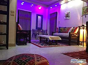 Ad Photo: Apartment 2 bedrooms 1 bath 135 sqm super lux in Mohandessin  Giza