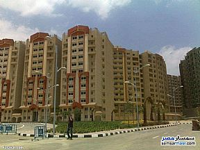 Ad Photo: Apartment 3 bedrooms 2 baths 143 sqm super lux in Katameya  Cairo