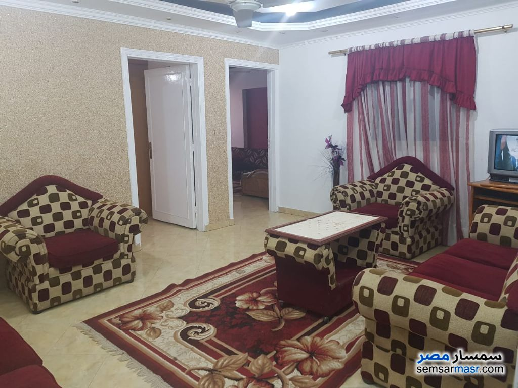 Ad Photo: Apartment 3 bedrooms 3 baths 170 sqm super lux in Giza