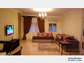 Ad Photo: Apartment 2 bedrooms 2 baths 170 sqm super lux in Mohandessin  Giza