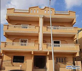 Ad Photo: Apartment 3 bedrooms 3 baths 230 sqm semi finished in Shorouk City  Cairo