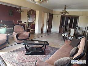 Ad Photo: Apartment 4 bedrooms 3 baths 240 sqm super lux in Mohandessin  Giza