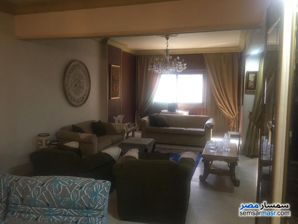 Ad Photo: Apartment 3 bedrooms 3 baths 280 sqm lux in Giza
