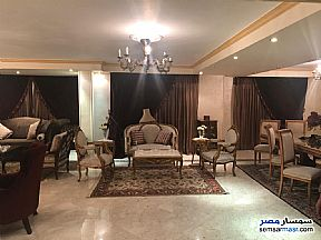 Ad Photo: Apartment 3 bedrooms 3 baths 320 sqm extra super lux in Maadi  Cairo