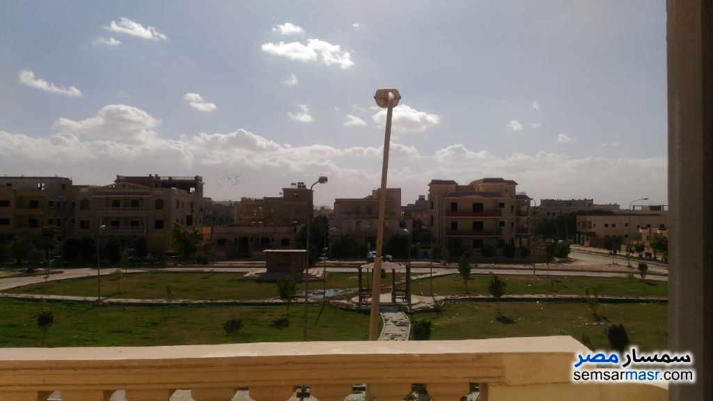 Ad Photo: Apartment 2 bedrooms 1 bath 145 sqm semi finished in Qalyubiyah