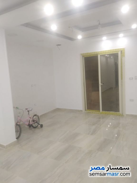 Ad Photo: Apartment 3 bedrooms 2 baths 150 sqm super lux in Mukhabarat Land  6th of October
