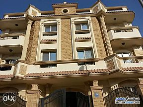 Apartment 4 bedrooms 3 baths 300 sqm extra super lux