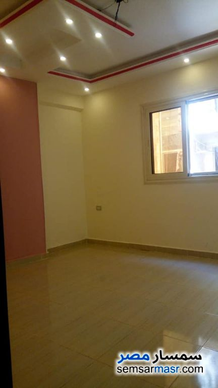 Photo 2 - Apartment 3 bedrooms 2 baths 165 sqm super lux For Sale Haram Giza