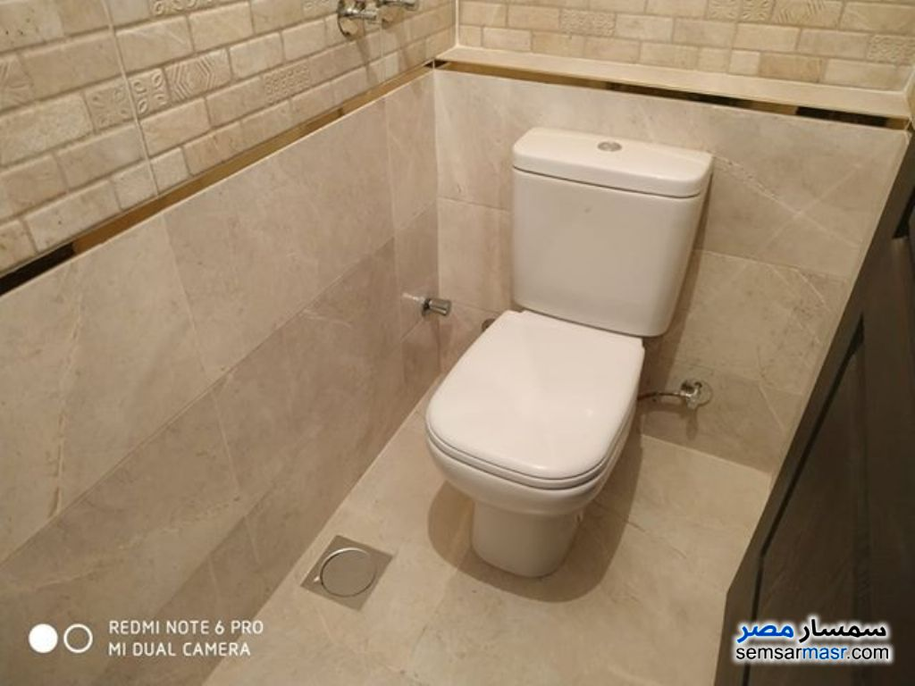 Photo 10 - Apartment 3 bedrooms 3 baths 195 sqm extra super lux For Sale Sheraton Cairo