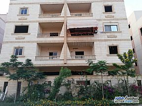 Ad Photo: Apartment 4 bedrooms 2 baths 190 sqm semi finished in Shorouk City  Cairo