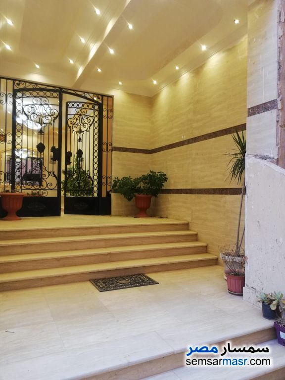 Photo 4 - Building 3 bedrooms 2 baths 190 sqm semi finished For Sale Shorouk City Cairo