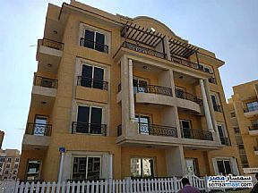 Ad Photo: Apartment 3 bedrooms 2 baths 140 sqm semi finished in El Motamayez District  6th of October