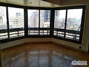 Ad Photo: Apartment 4 bedrooms 2 baths 190 sqm super lux in Mohandessin  Giza