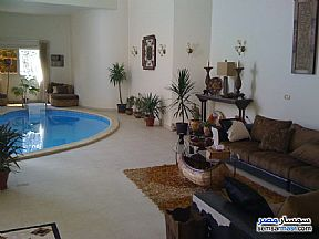 Ad Photo: Villa 5 bedrooms 3 baths 600 sqm extra super lux in Mokattam  Cairo