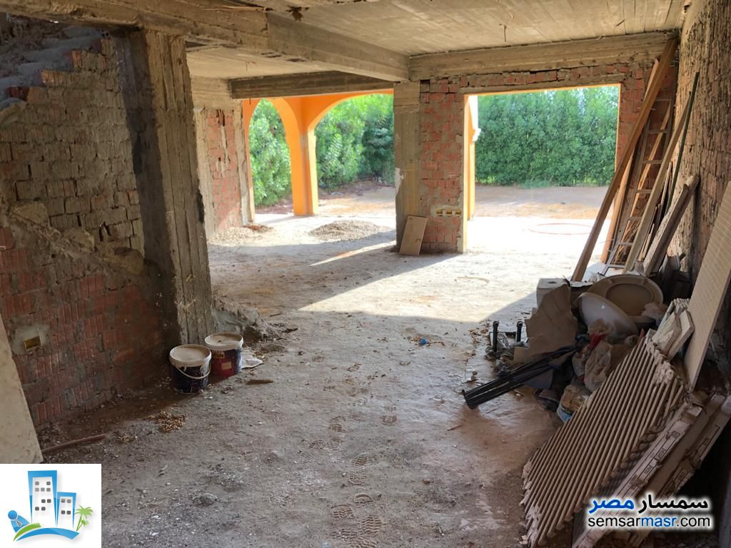 Photo 3 - Villa 4 bedrooms 3 baths 220 sqm without finish For Sale Shorouk City Cairo