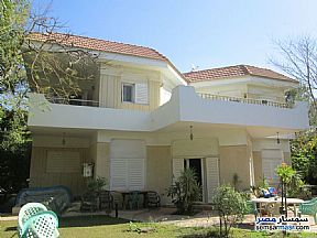 Ad Photo: Villa 5 bedrooms 3 baths 540 sqm extra super lux in El Motamayez District  6th of October