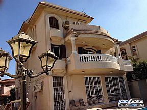 Ad Photo: Villa 7 bedrooms 5 baths 635 sqm extra super lux in Maadi  Cairo