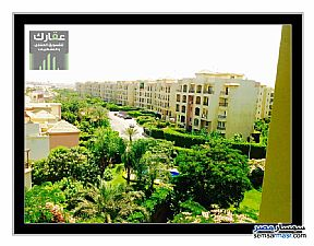 Ad Photo: Apartment 4 bedrooms 3 baths 209 sqm extra super lux in Ashgar City  6th of October