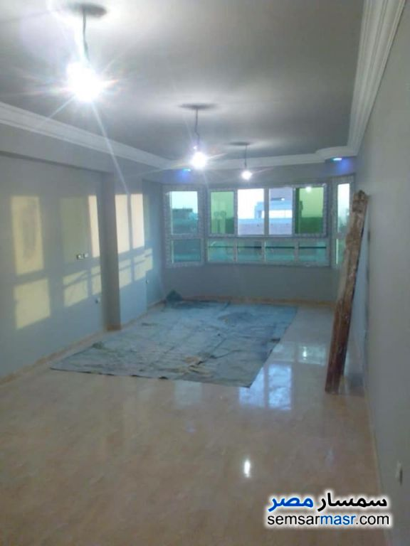 Photo 16 - Apartment 2 bedrooms 1 bath 100 sqm without finish For Sale Maadi Cairo