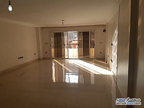 Ad Photo: Apartment 3 bedrooms 2 baths 190 sqm extra super lux in Mohandessin  Giza