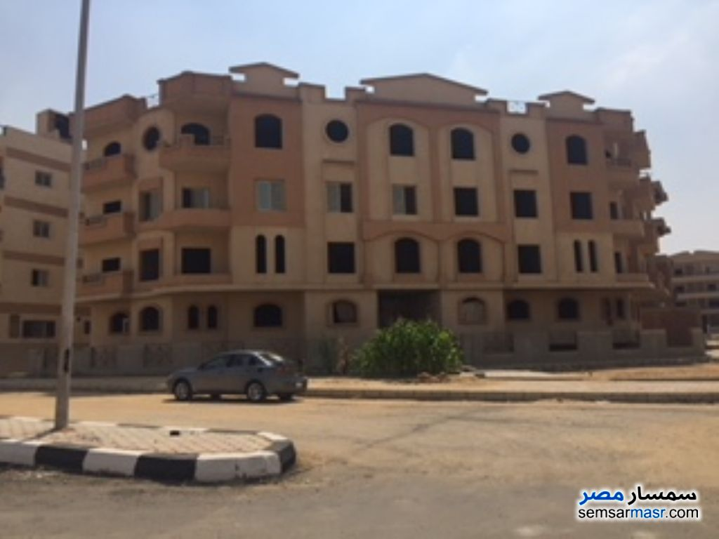 Photo 1 - Apartment 3 bedrooms 3 baths 290 sqm semi finished For Sale Shorouk City Cairo