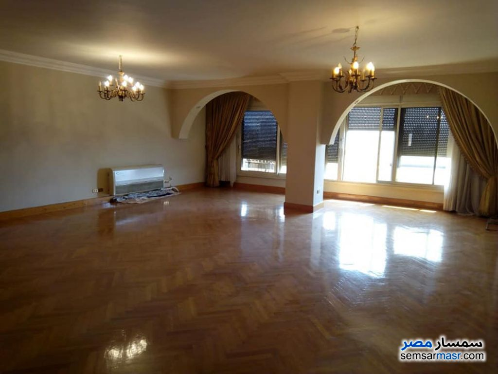 Photo 2 - Apartment 5 bedrooms 3 baths 400 sqm super lux For Rent Mohandessin Giza