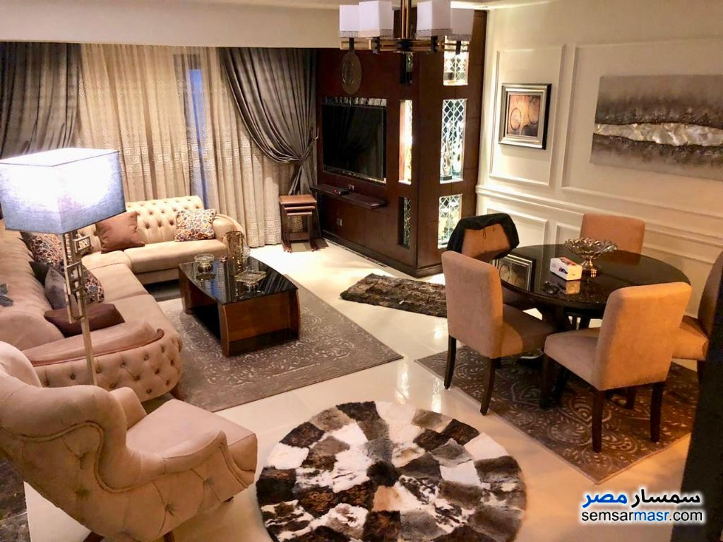 Photo 5 - Apartment 3 bedrooms 3 baths 200 sqm extra super lux For Rent Fifth Settlement Cairo
