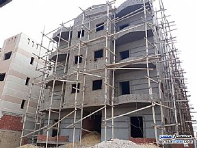 Ad Photo: Apartment 3 bedrooms 1 bath 130 sqm semi finished in Shorouk City  Cairo