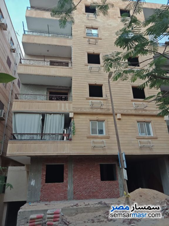 Photo 1 - Apartment 3 bedrooms 3 baths 200 sqm semi finished For Sale Hadayek Al Ahram Giza