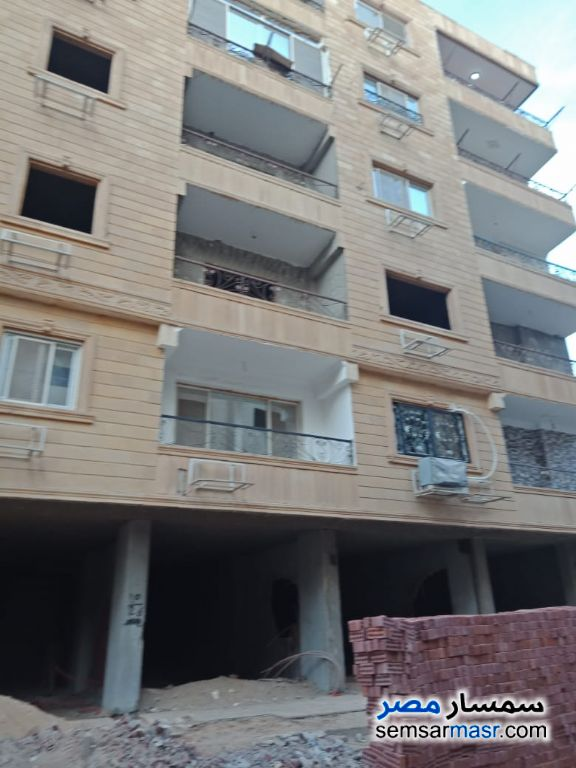 Photo 2 - Apartment 3 bedrooms 3 baths 200 sqm semi finished For Sale Hadayek Al Ahram Giza