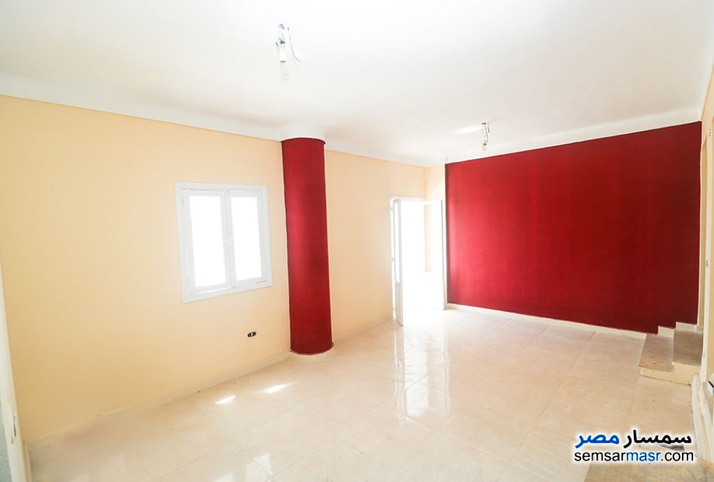 Ad Photo: Apartment 3 bedrooms 2 baths 300 sqm extra super lux in Gianaclis  Alexandira