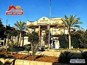 Ad Photo: Villa 8 bedrooms 10 baths 890 sqm extra super lux in West Somid  6th of October