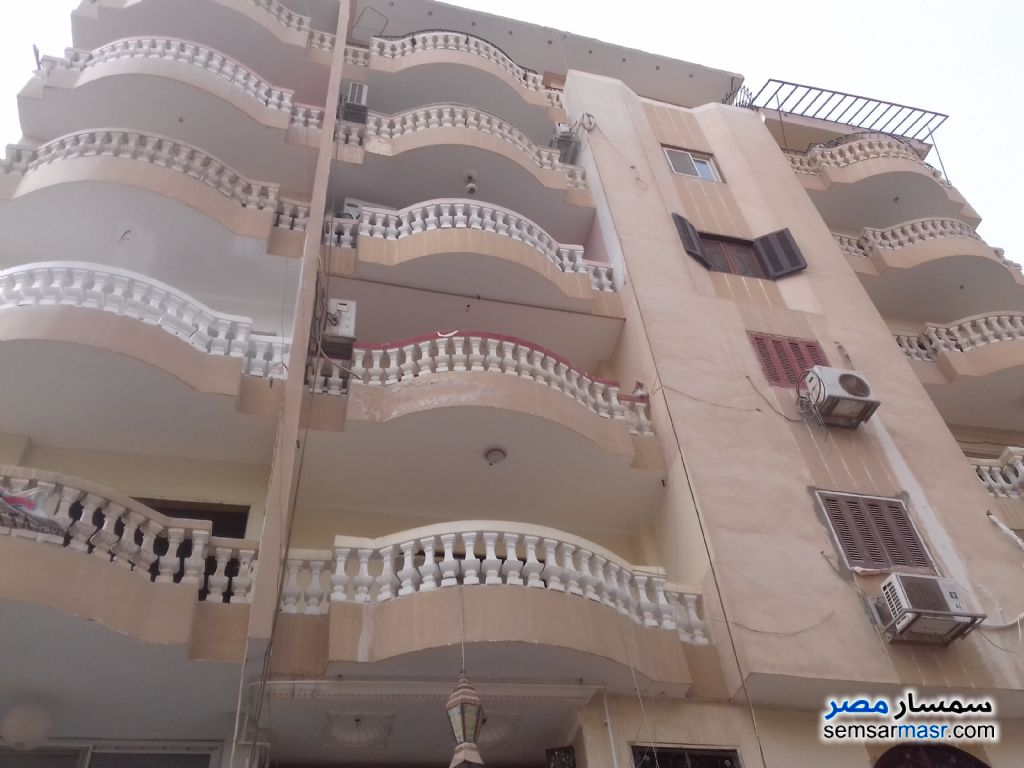Photo 2 - Apartment 3 bedrooms 2 baths 190 sqm semi finished For Sale Hadayek Al Ahram Giza