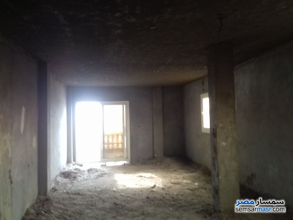 Photo 3 - Apartment 3 bedrooms 2 baths 190 sqm semi finished For Sale Hadayek Al Ahram Giza