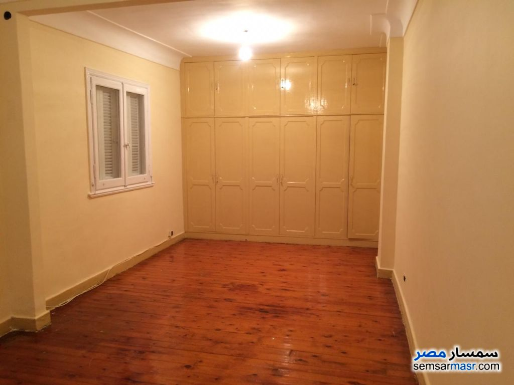 Ad Photo: Apartment 2 bedrooms 1 bath 125 sqm extra super lux in Roshdy  Alexandira