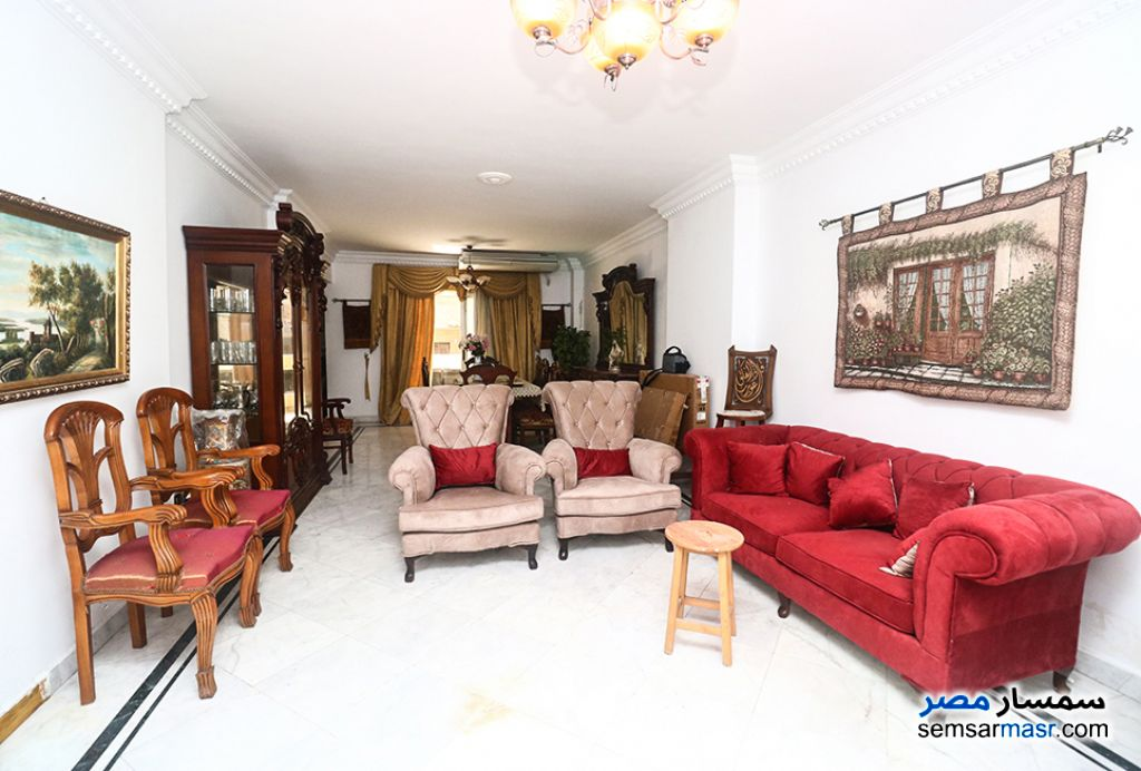 Ad Photo: Apartment 3 bedrooms 2 baths 220 sqm extra super lux in Gianaclis  Alexandira