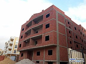 Ad Photo: Apartment 3 bedrooms 2 baths 185 sqm semi finished in Shorouk City  Cairo