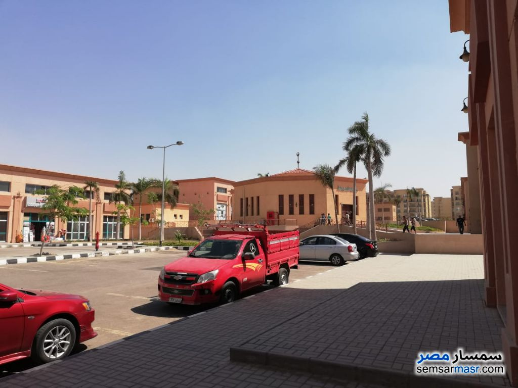 Photo 12 - Commercial 180 sqm For Rent Rehab City Cairo