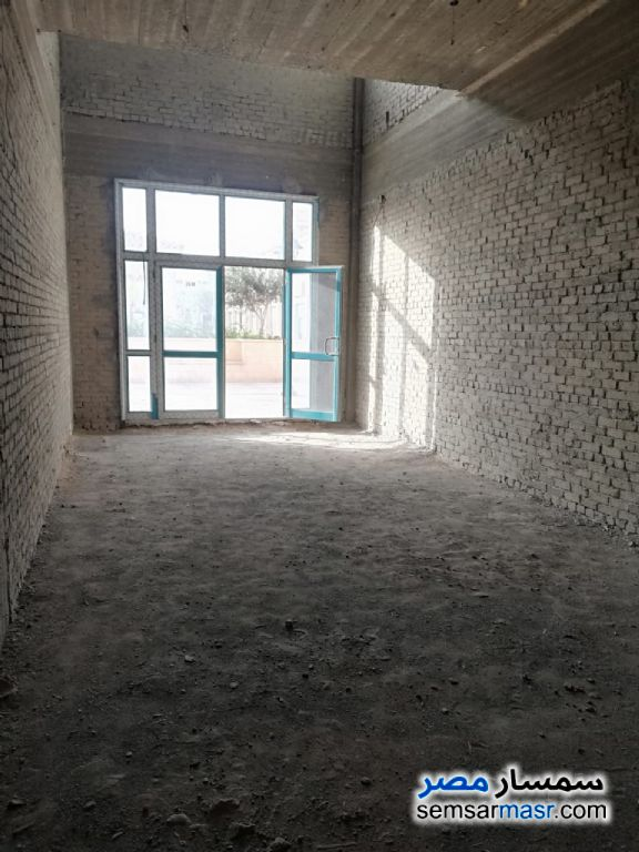 Photo 13 - Commercial 180 sqm For Rent Rehab City Cairo