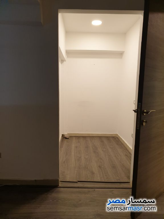 Photo 9 - Commercial 145 sqm For Rent Zamalek Cairo