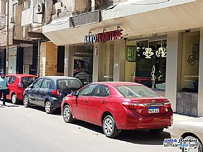 Ad Photo: Commercial 140 sqm in Laurent  Alexandira