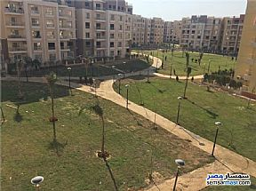 Ad Photo: Apartment 2 bedrooms 1 bath 80 sqm without finish in Madinaty  Cairo