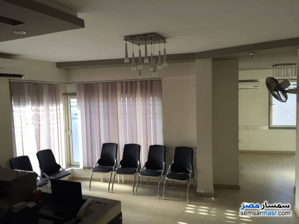 Photo 11 - Commercial 350 sqm For Sale Sheikh Zayed 6th of October