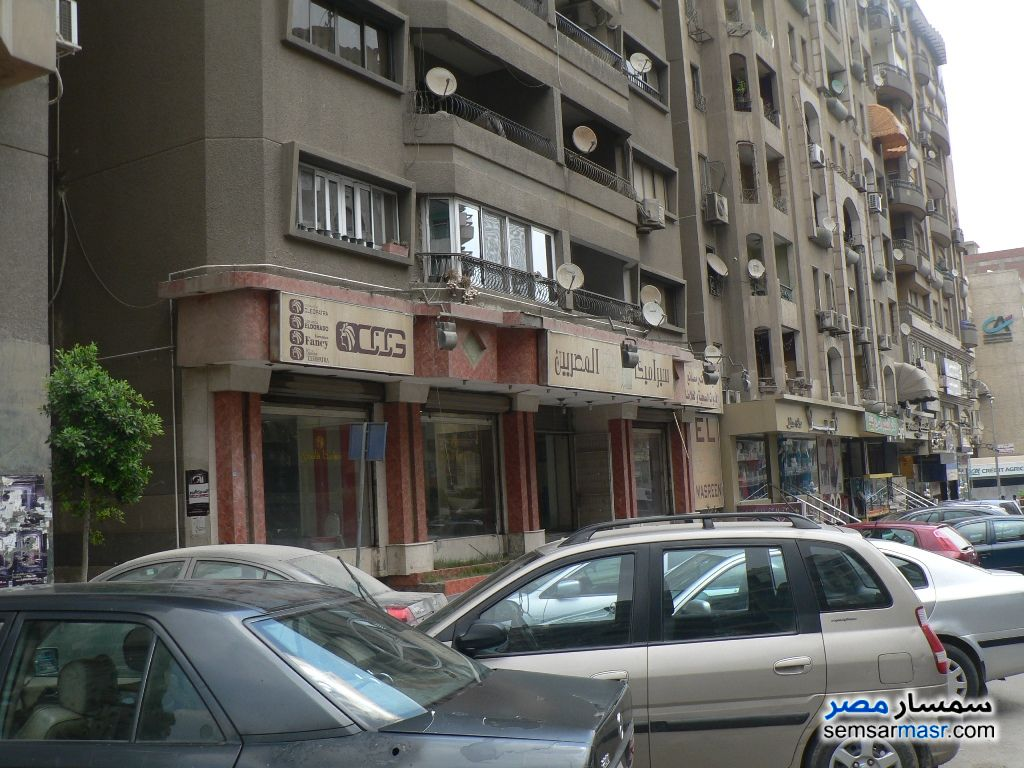 Photo 1 - Commercial 1,250 sqm For Rent Hadayek Helwan Cairo