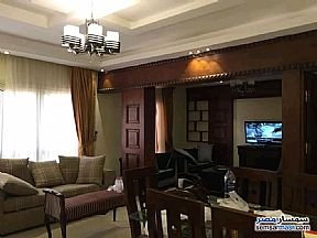 Ad Photo: Apartment 2 bedrooms 2 baths 130 sqm super lux in Maadi  Cairo