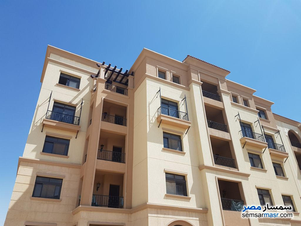 Photo 2 - Apartment 3 bedrooms 3 baths 186 sqm extra super lux For Rent Fifth Settlement Cairo